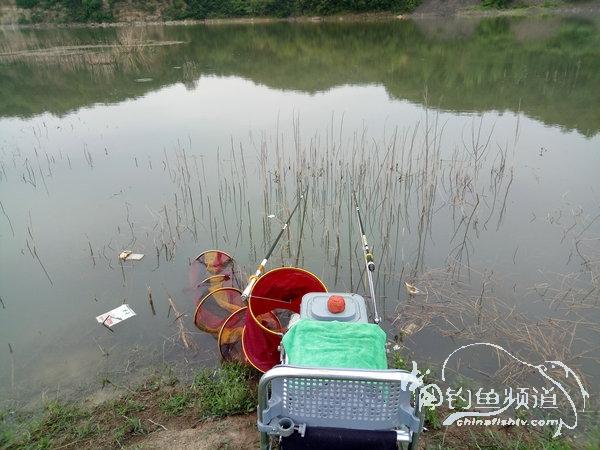 小爽香山村