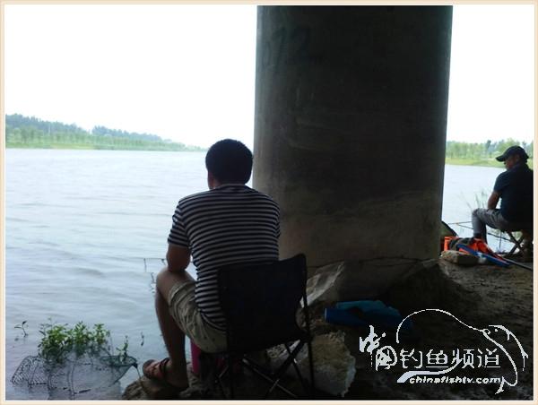 桑拉天钓鱼